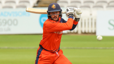 Wesley Barresi hammers a drive through the covers for a boundary