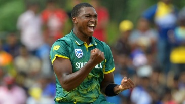 Lungi Ngidi took two wickets in one over to rattle Sri Lanka