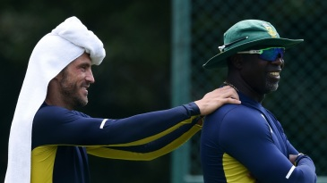 Faf du Plessis and Ottis Gibson at training on a humid day