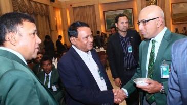 Afzalur Rahman Sinha meets Bangladesh coach Chandika Hathurusingha