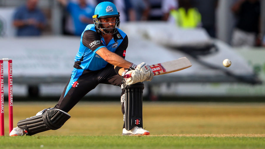 Ferguson run out leaves Worcestershire still waiting