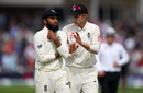 Joe Root has a word with Adil Rashid, England v India, 3rd Test, Trent Bridge, 3rd day, August 20, 2018