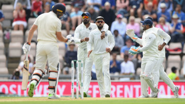 Virat Kohli held a sharp chance to remove Jos Buttler