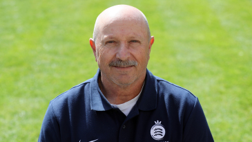 Dave Houghton is leaving Middlesex for Derbyshire