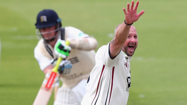 The evergreen Darren Stevens appeals for a wicket