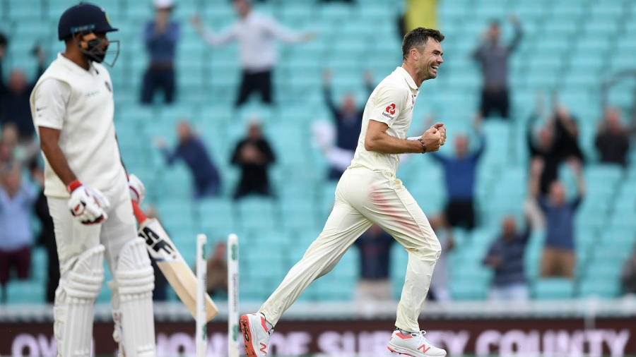 James Anderson uproots the middle-stump