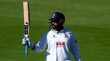 M Vijay brings up his half-century