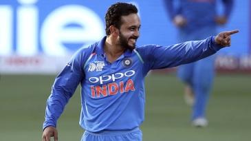 Kedar Jadhav is overjoyed after he gets a wicket