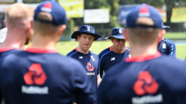 Eoin Morgan addresses his England squad at practice