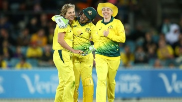 Sophie Molineux celebrates a stumping with the wicketkeeper Alyssa Healy