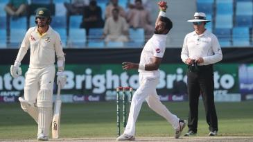 Bilal Asif in his delivery stride