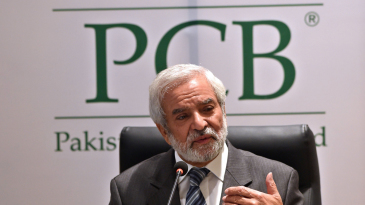 Ehsan Mani addresses a press conference