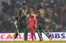 Soumya Sarkar and Imrul Kayes take a run, Bangladesh v Zimbabwe, 3rd ODI, Chittagong, October 26, 2018
