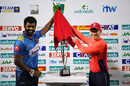 Thisara Perera and Eoin Morgan unveil the T20I trophy, Sri Lanka v England, only T20I, October 27, 2018