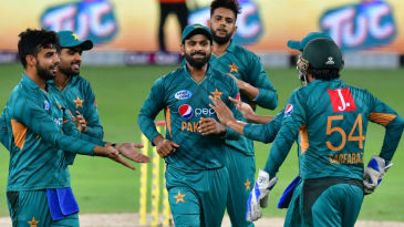 Shadab Khan choked Australia's middle order to pick up three wickets