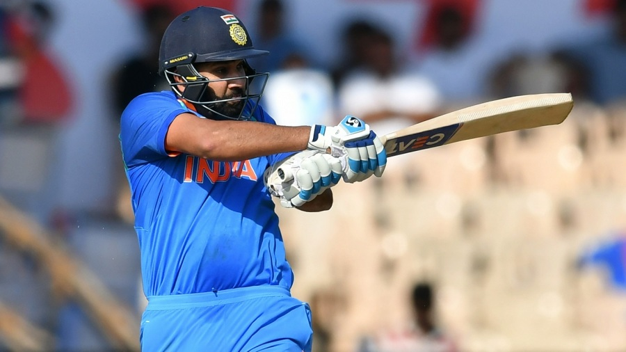 Rohit Sharma shapes up to pull