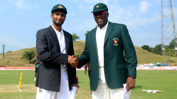 Mahmudullah and Hamilton Masakadza at the toss