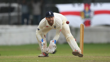 Ben Foakes keeps during England's warm-up in Colombo