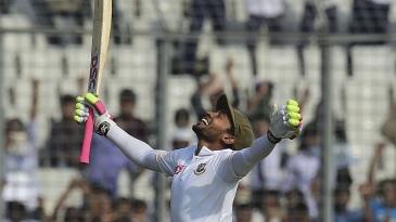 Mushfiqur Rahim celebrates his double-century