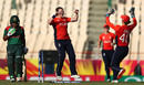 Anya Shrubsole struck with her third ball, England v Bangladesh, Women's World T20, Group A, St Lucia, November 12, 2018