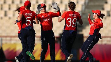 Amy Jones and Nat Sciver combined for a breakthrough