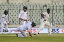 Hamilton Masakadza's outside edge eludes first slip, Bangladesh v Zimbabwe, 2nd Test, Dhaka, 4th day, November 14, 2018