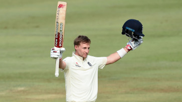Joe Root celebrates his 15th Test hundred