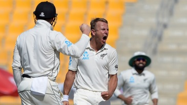 Neil Wagner roars after taking a wicket