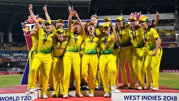 Australia hold the World T20 trophy aloft