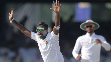 Malinda Pushpakumara appeals for a wicket