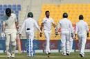 Bilal Asif bowls William Somerville, Pakistan v New Zealand, 3rd Test, Abu Dhabi, 2nd day, December 4, 2018