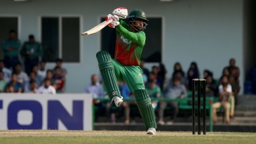 Tamim Iqbal carves the ball behind square