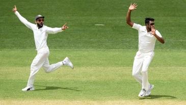 The appeal pirouette - Virat Kohli and R Ashwin appeal in unison against Usman Khawaja