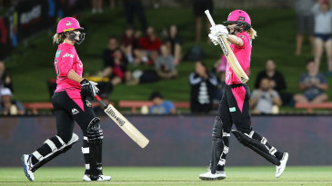 Ellyse Perry celebrates her century