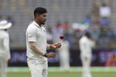 Umesh Yadav gets to his run up, Australia v India, 2nd Test, Perth, 2nd day, December 15, 2018