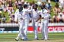 Lahiru Kumara broke through with the last ball of the morning, New Zealand v Sri Lanka, 1st Test, Wellington, 2nd day, December 16, 2018
