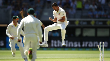 Mitchell Starc removed KL Rahul in the first over