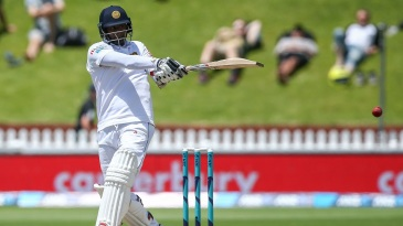 Angelo Mathews lays into a pull