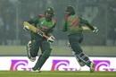Mahmudullah and Shakib Al Hasan run between the wickets, Bangladesh v West Indies, 2nd T20I, Mirpur, December 20, 2018