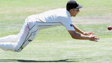 Matt Henry, substituting for Tim Southee, pulled off a superb catch at cover