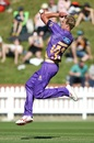 Kyle Jamieson runs in to bowl, Wellington v Canterbury, Super Smash T20, Wellington, December 16, 2016