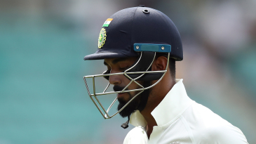 KL Rahul walks off after falling cheaply
