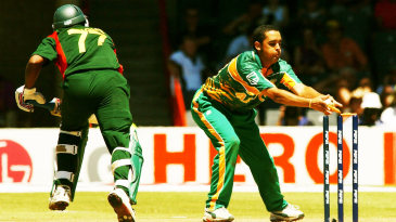 Peterson runs out Bangladesh's Mohammad Rafique in Bloemfontein