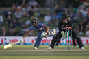 Tim Seifert catches Asela Gunaratne short of his crease, New Zealand v Sri Lanka, 2nd ODI, Mount Maunganui