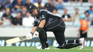 Ross Taylor plays a scoop
