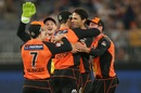 Nathan Coulter-Nile celebrates a wicket with his team-mates, Perth Scorchers v Hobart Hurricanes, BBL 2018-19, Perth, January 18, 2019