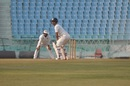 Harvik Desai takes his stance against Uttar Pradesh in Lucknow, Uttar Pradesh v Saurashtra, Ranji Trophy 2018-19 quarter-final, 4th day, Lucknow, January 18, 2019