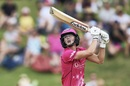 Ellyse Perry goes up and over the off side, Sydney Sixers women v Melbourne Renegades women, WBBL semi-final, Sydney, January 19, 2019