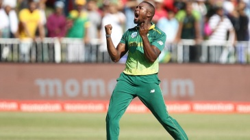 Andile Phehlukwayo roars after taking a wicket