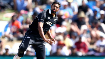 Ish Sodhi in his delivery stride